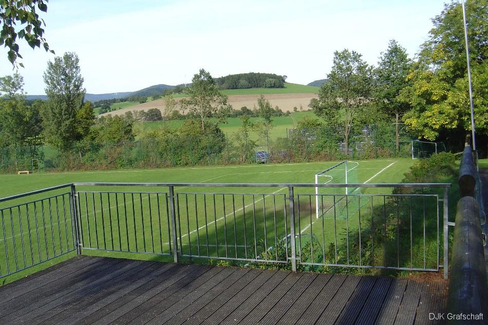sportplatzbild02
